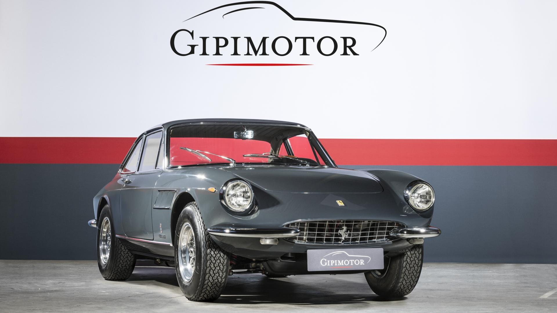 Ferrari - 330 GTC · Gipimotor